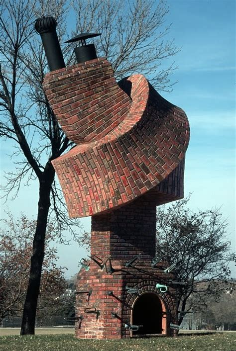12 Unusual Buildings that It's Good to be Seen