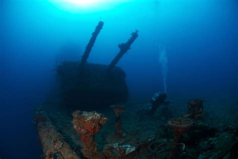 Kwajalein Atoll: Wrecks of the Pacific | X-Ray Mag